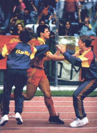 1991/92, Roma-Lazio, l'esultanza di Rizzitelli dopo il gol